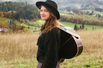 Caitlin Jemma and The Goodness + The Daily Fare