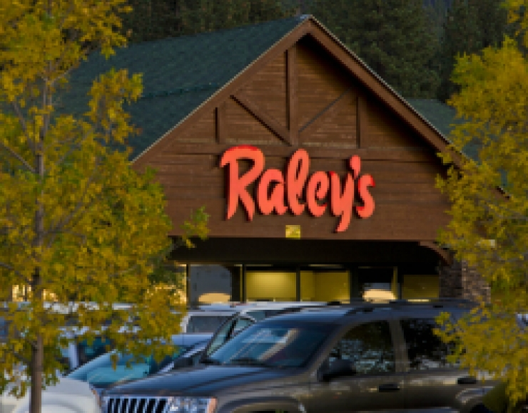 Raleys Crescent V Center